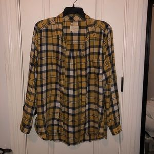 America Eagle Yellow Boyfriend Fit Flannel